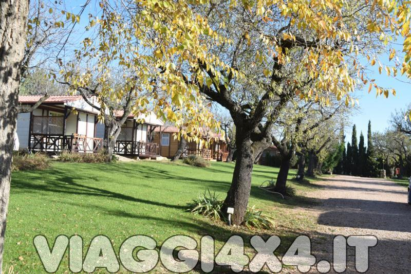 CAMPING CASTILLO DE LOARRE, LOARRE, SPAGNA